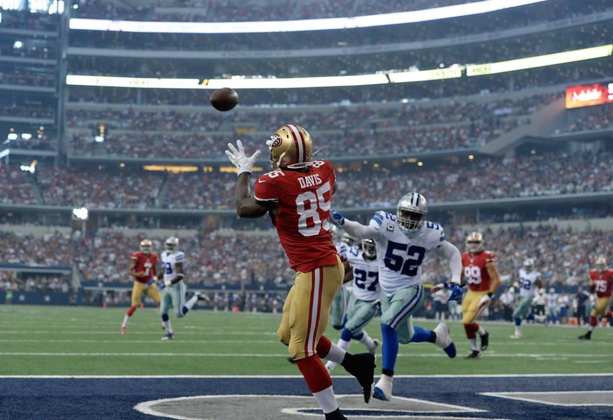 Vernon-Davis-touchdown.jpg