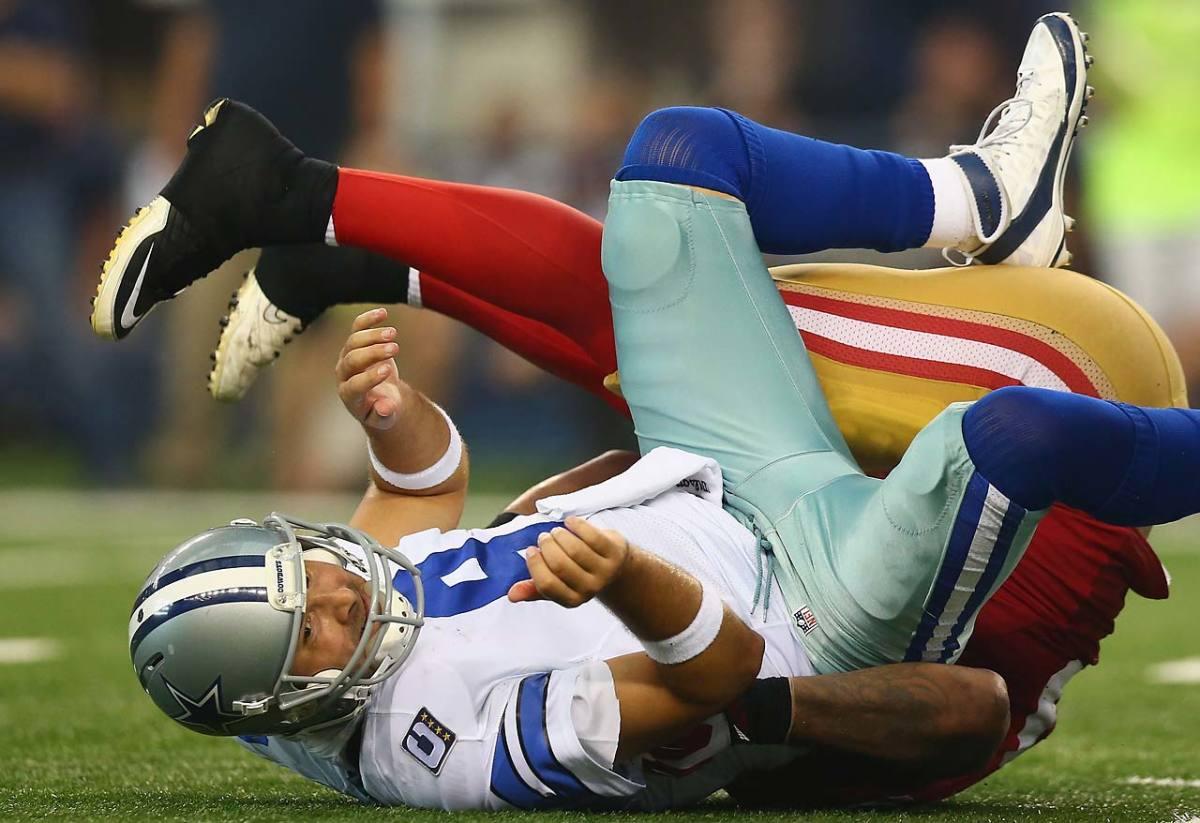 Tony-Romo-sacked.jpg