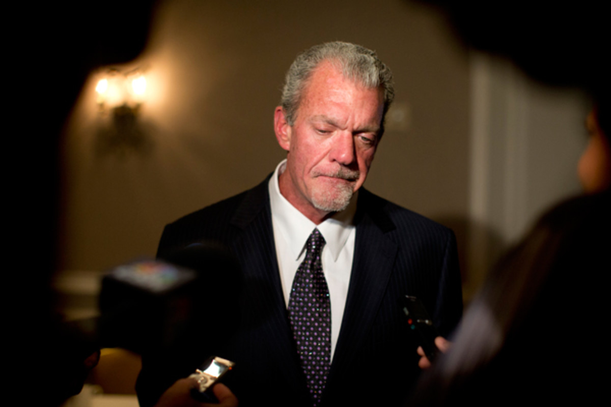 Jim Irsay, Indianapolis Colts owner, arrested on DUI, possession charges