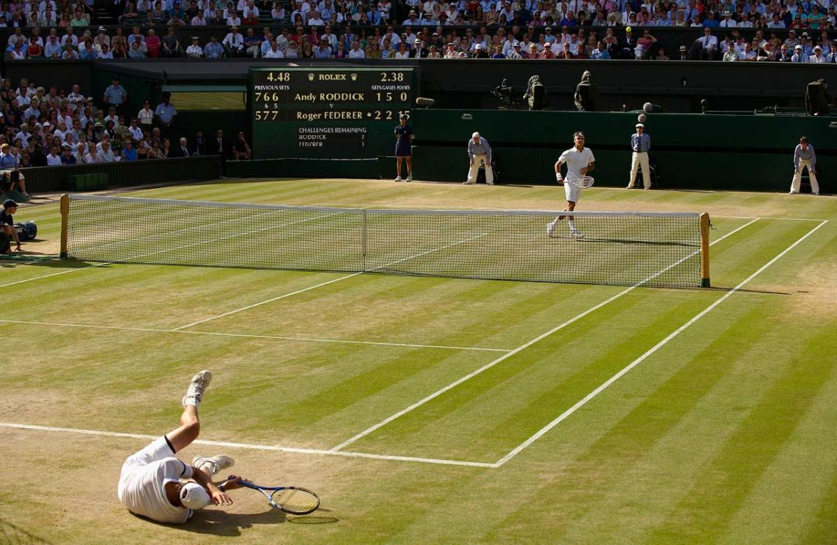 Roger-Federer-2009-Wimbledon-Andy-Roddick-opiu-13504.jpg
