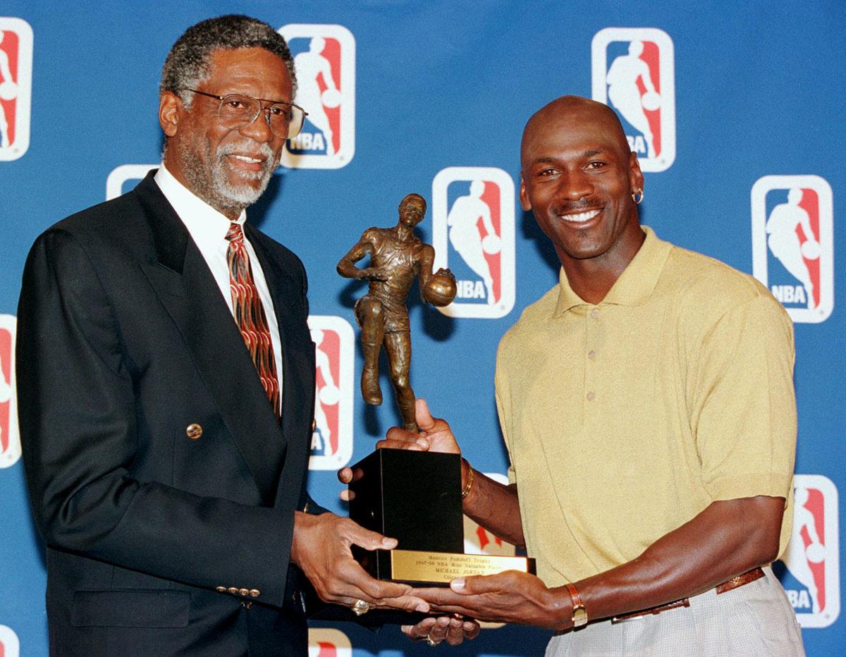 1998-0518-Bill-Russell-Michael-Jordan.jpg