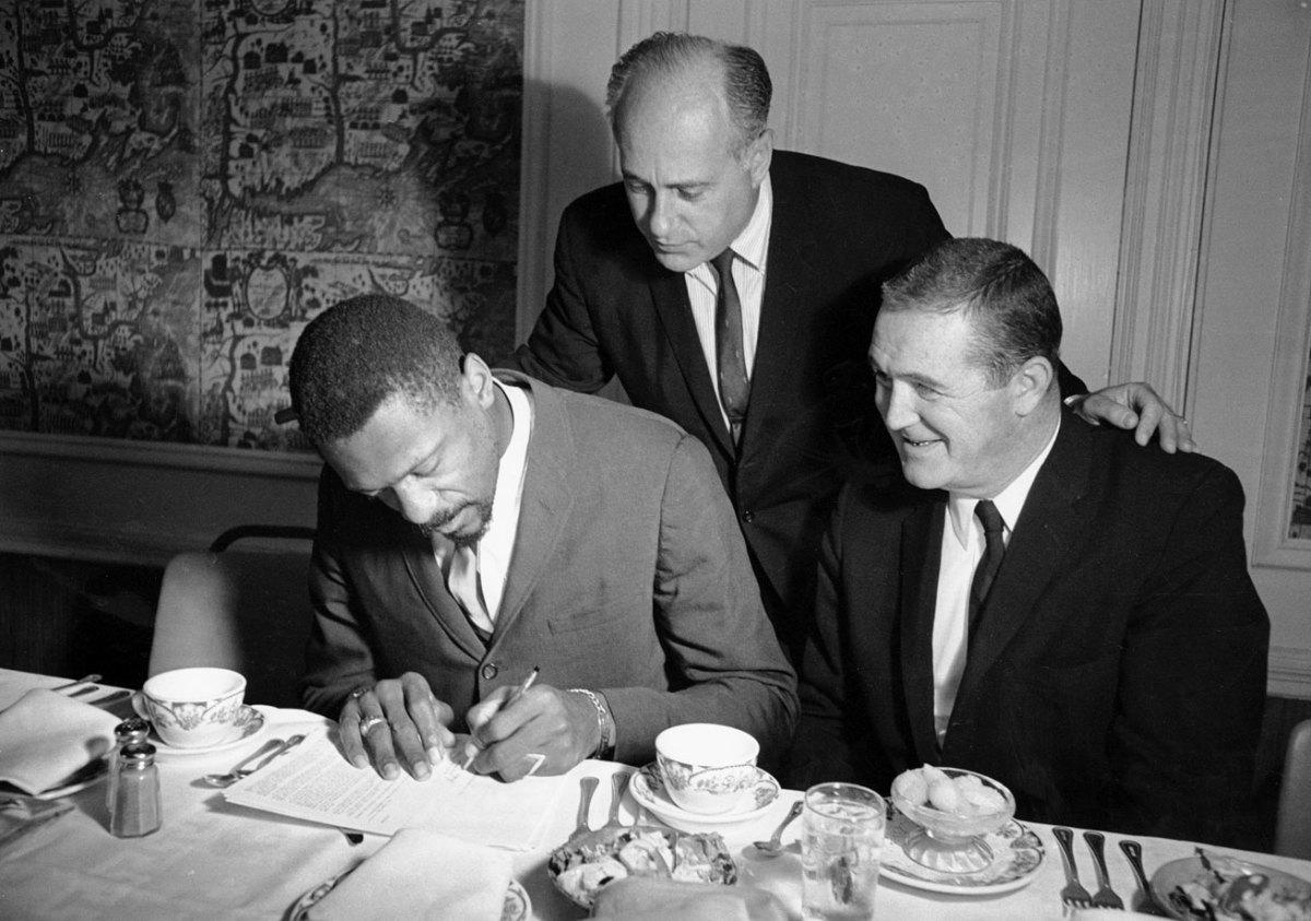 1965-0825-Bill-Russell-Red-Auerbach-Jack-Waldron.jpg