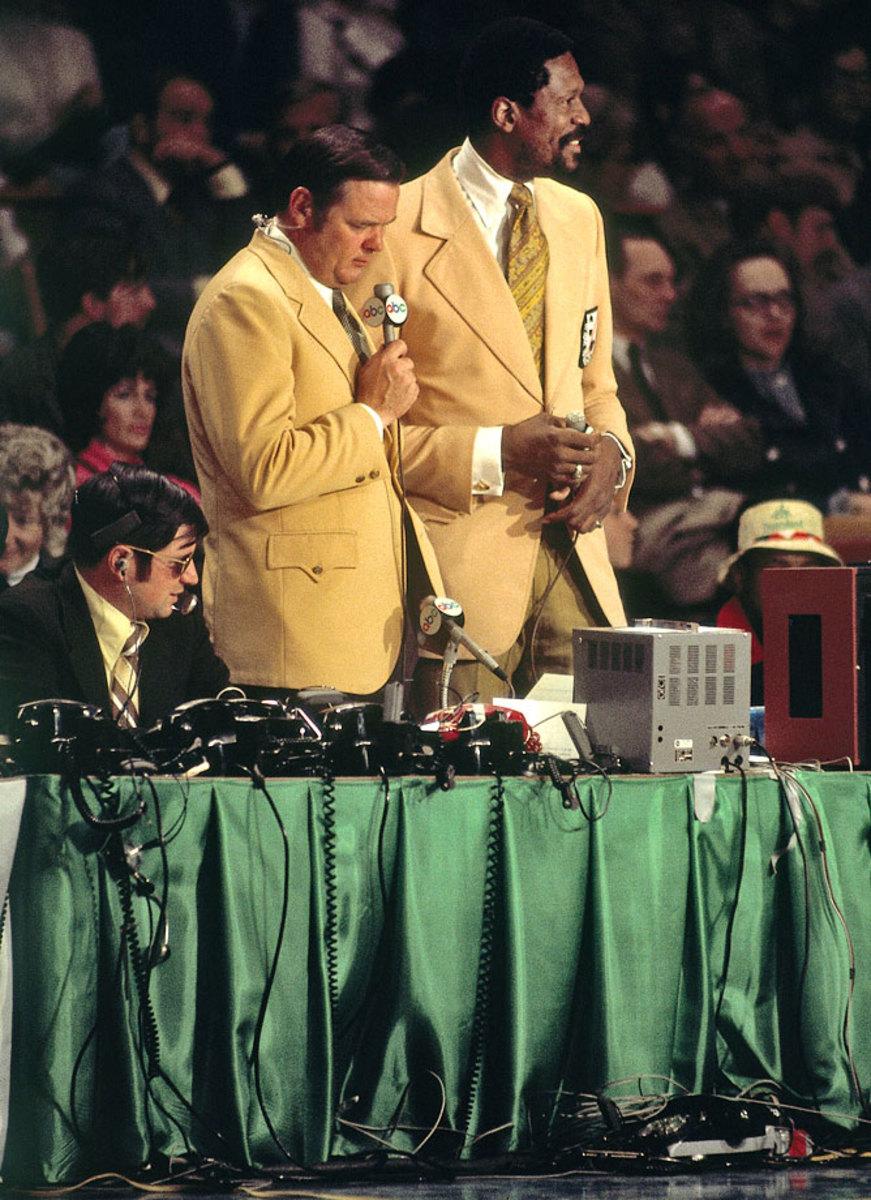 1972-Bill-Russell-Keith-Jackson.jpg