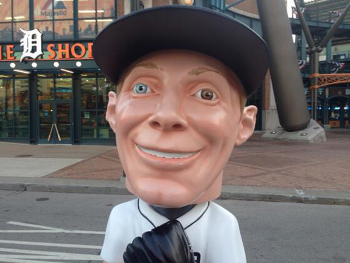 Bobblehead Max Scherzer, which is absolutely not thinking evil thoughts right now. Nope. (h/t Tom Leyden)
