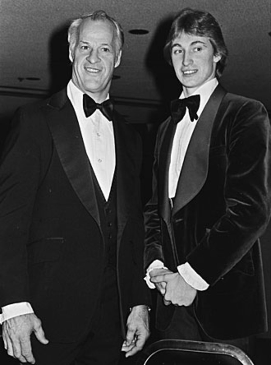 Gordie Howe started his career in 1946 and overlapped with Wayne Gretzky, who played until 1999 and broke Howe's career scoring record.