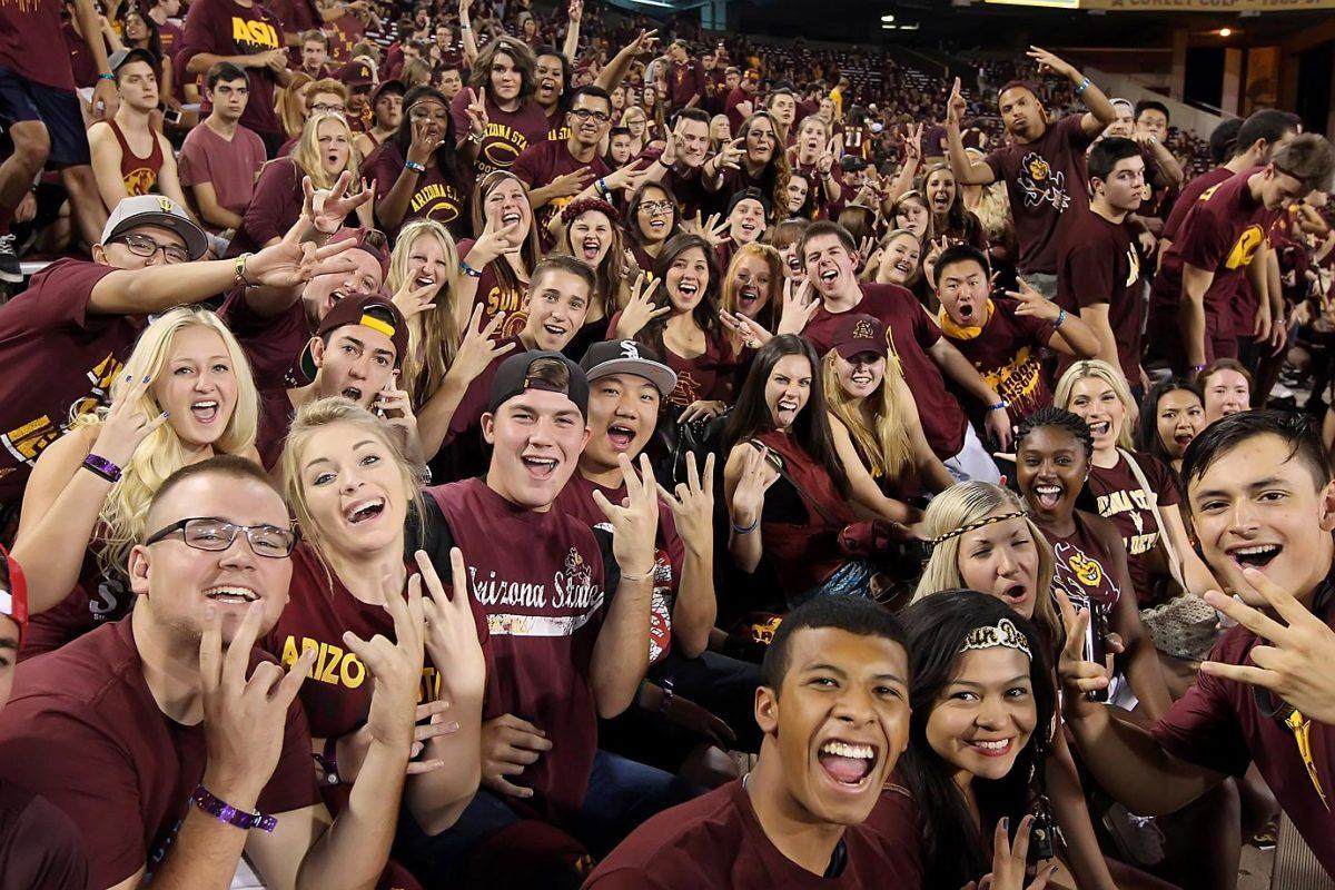Arizona_State_Superfans-BY4_3721.jpg