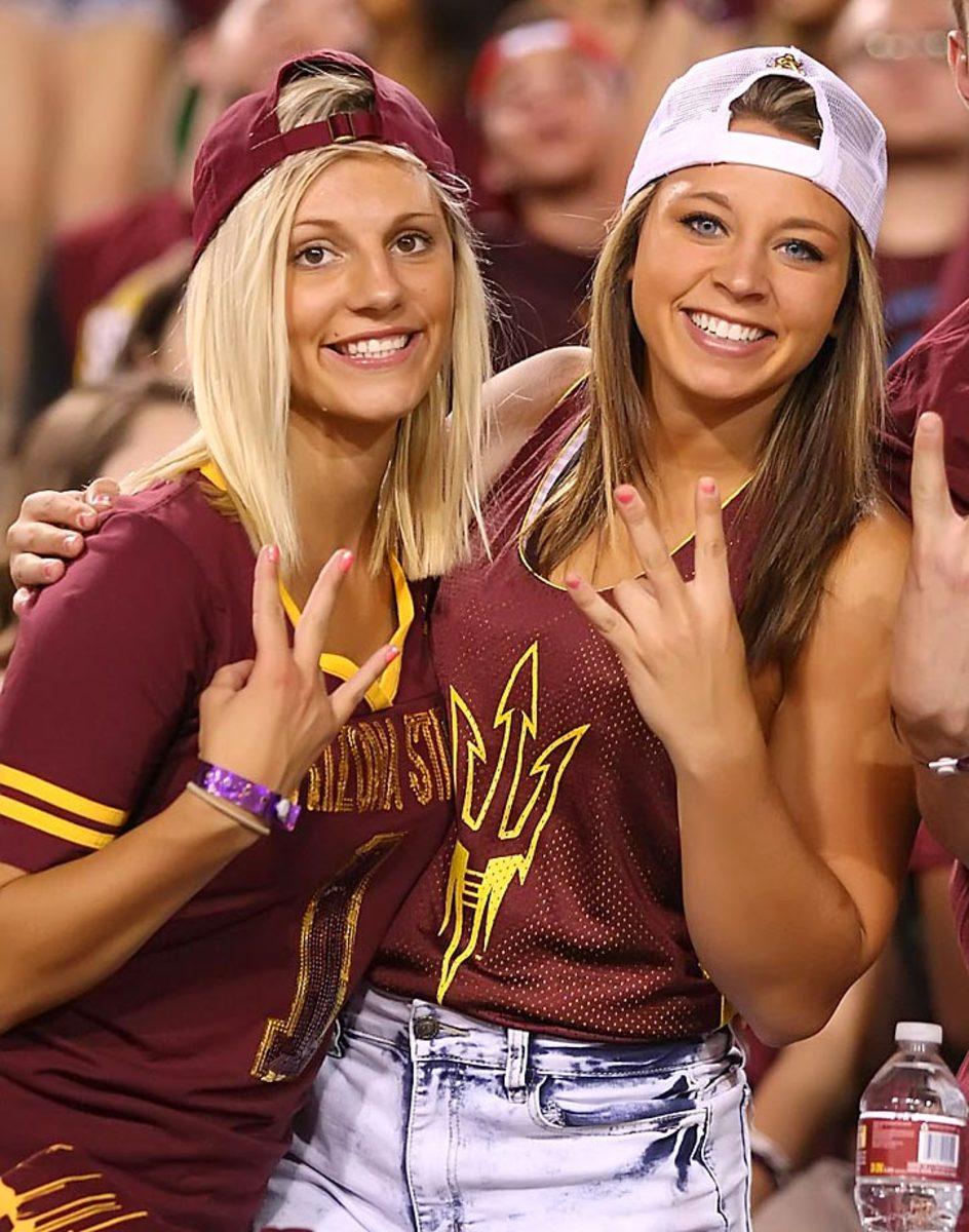 Arizona_State_Superfans-YMK37033.jpg