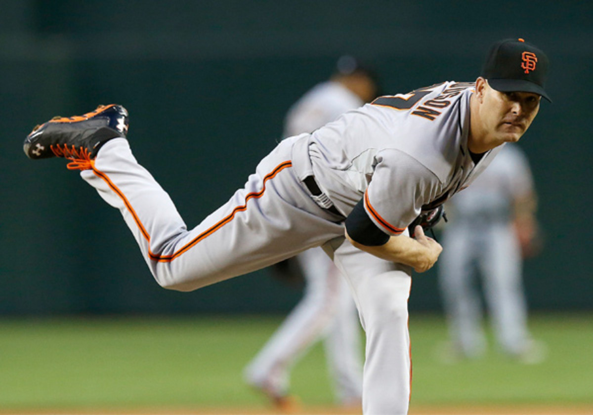 If the Giants are to contend, having Tim Hudson pitch like he did on Wednesday will go a long way. (Ross D. Franklin/AP)