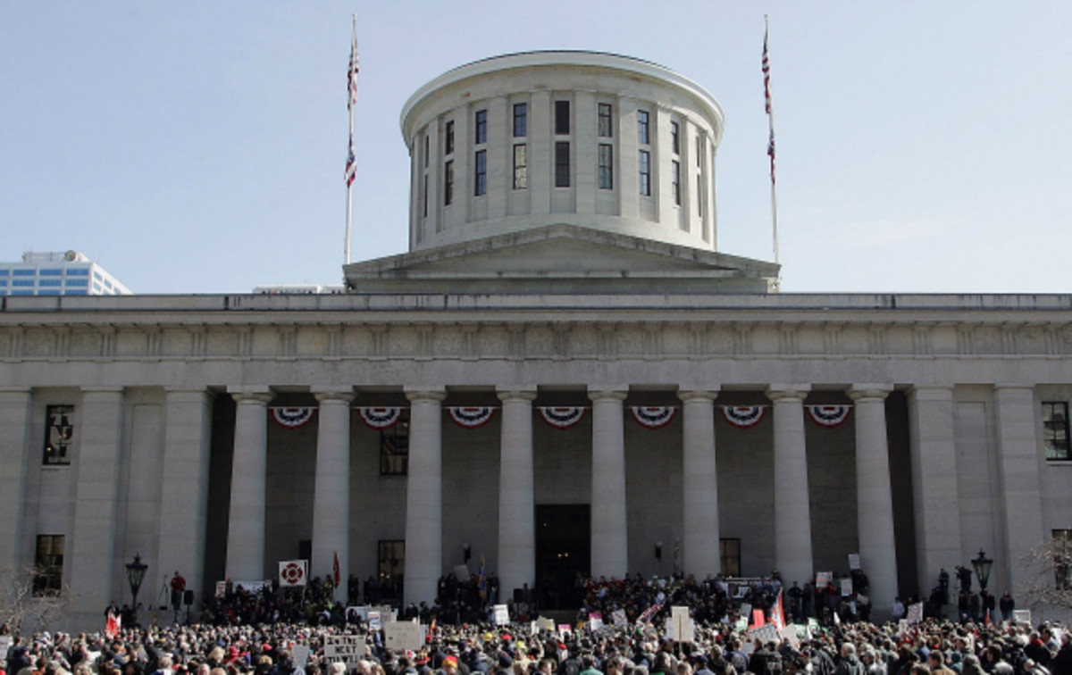 the Ohio Legislature may pass a law definiing the relationship between Athletes and universities. (Mike Munden/Getty Images)