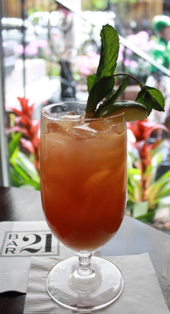 '21' Triple Crown Cocktail