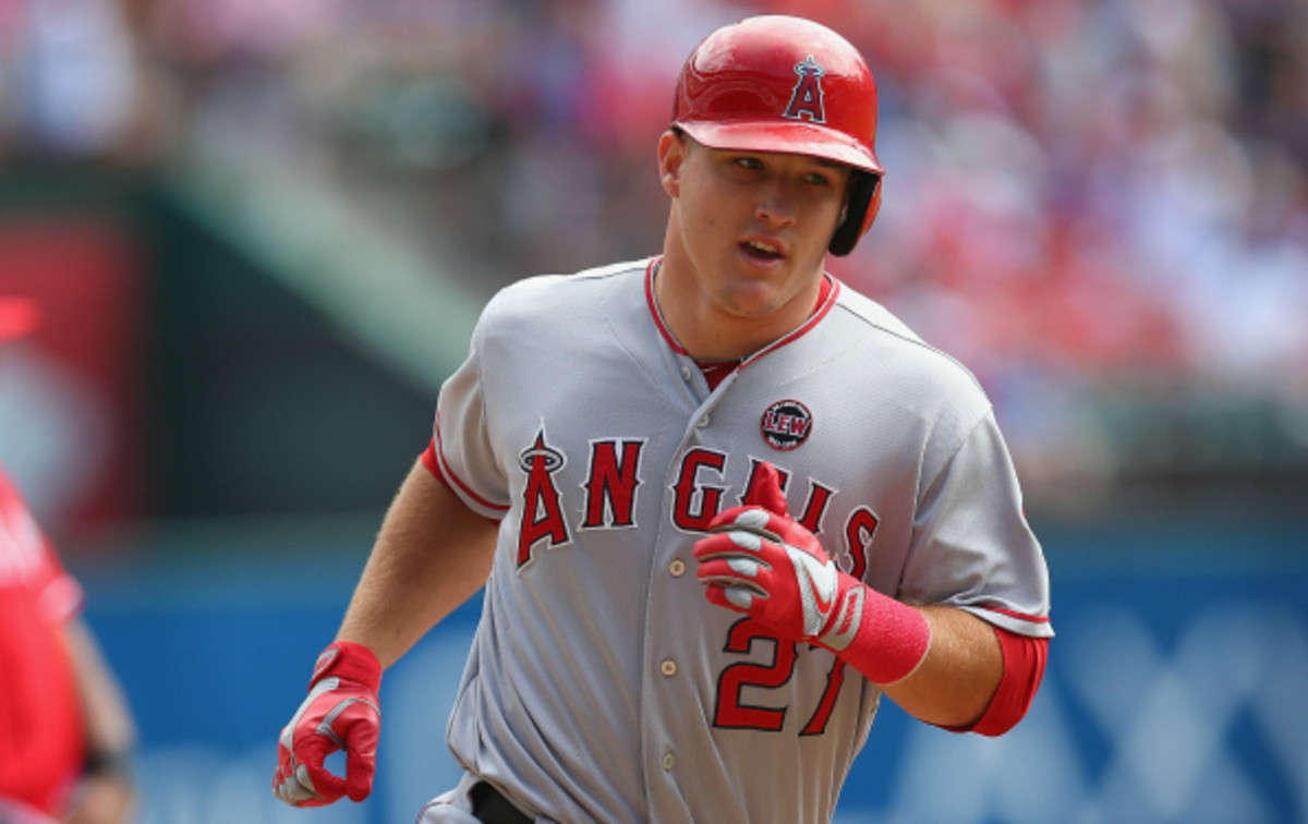 Mike Trout hit .323 with 27 HR and 33 steals last season. (Ronald Martinez/Getty Images)