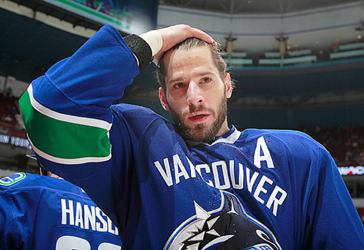 Ryan Kesler of the Vancouver Canucks is the subject of NHL trade rumors.