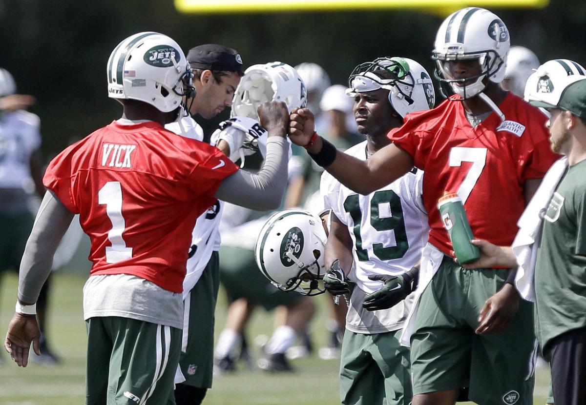 New-York-Jets-MIchael-Vick-Geno-Smith.jpg