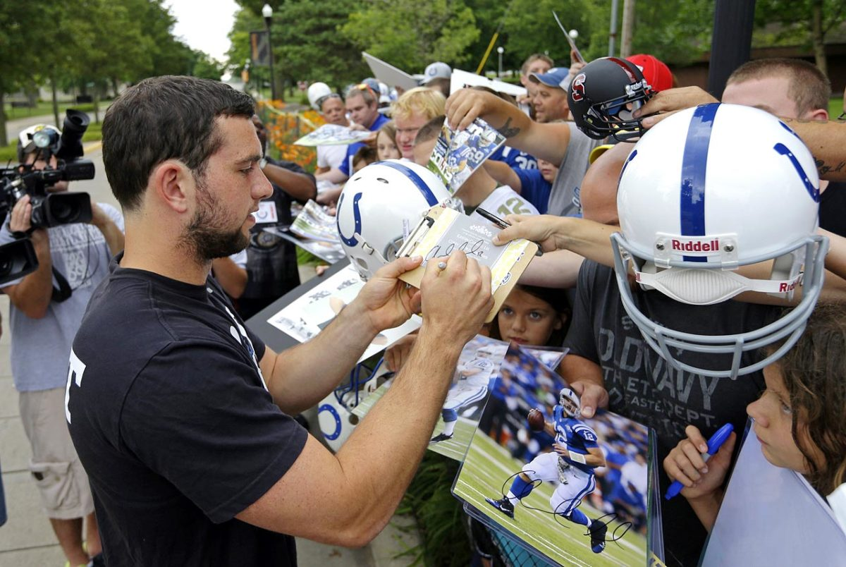Indianapolis-Colts-Andrew-Luck.jpg