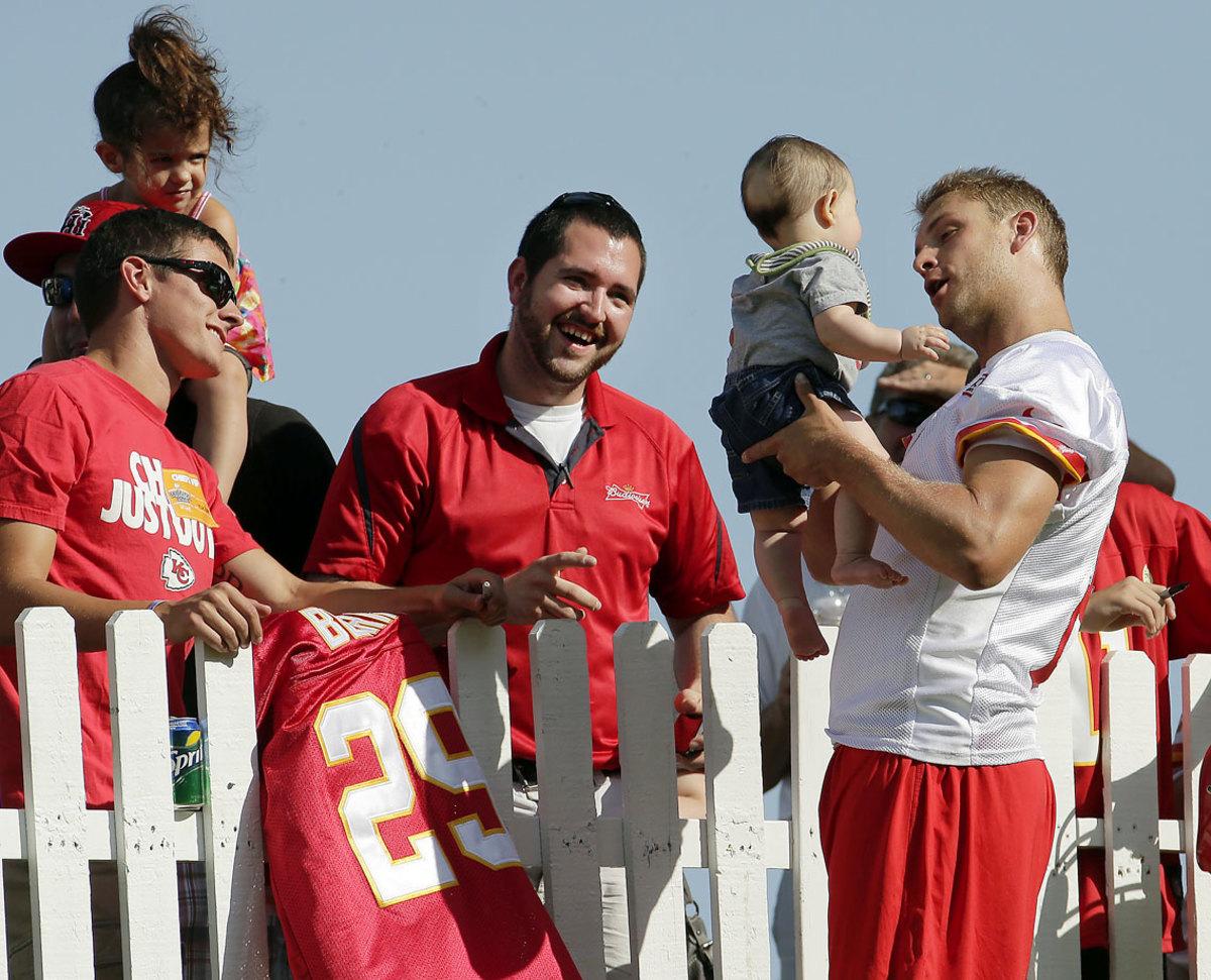 Kansas-City-Chiefs-Dustin-Colquitt-baby.jpg