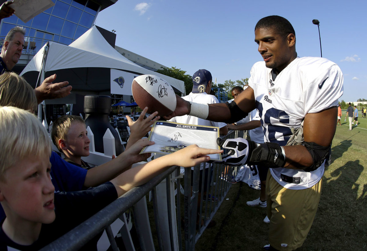 St-Louis-Rams-Michael-Sam.jpg