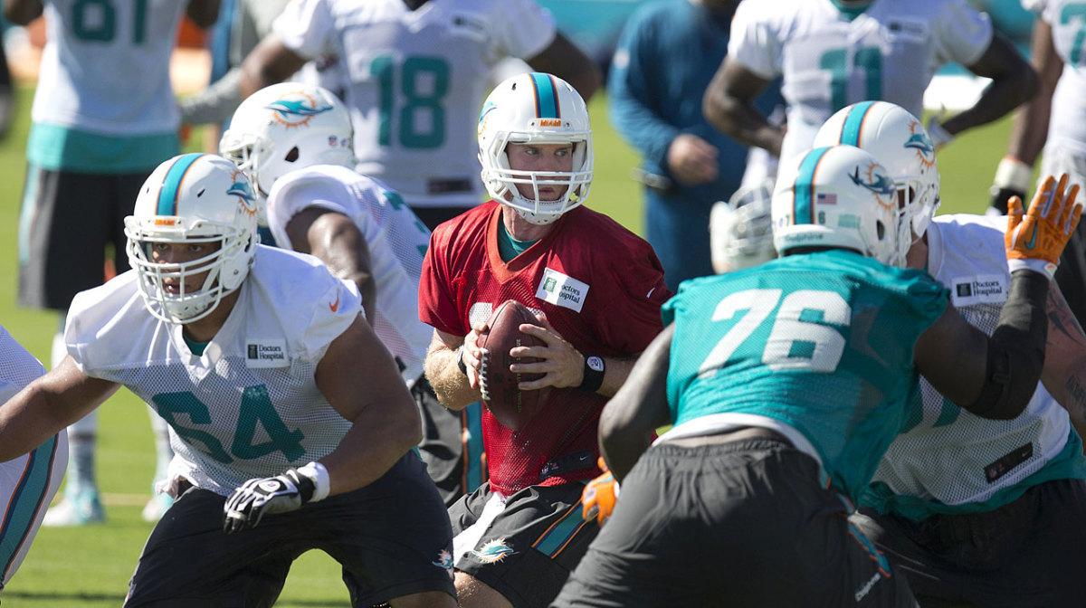 Miami-Dolphins-Ryan-Tannehill.jpg
