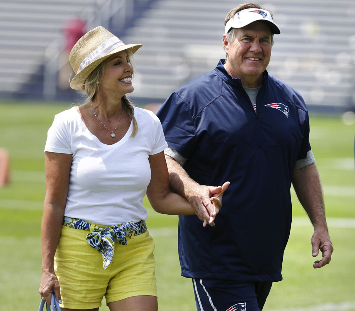 New-England-Patriots-Bill-Belichick-girlfriend-Linda-Holliday.jpg