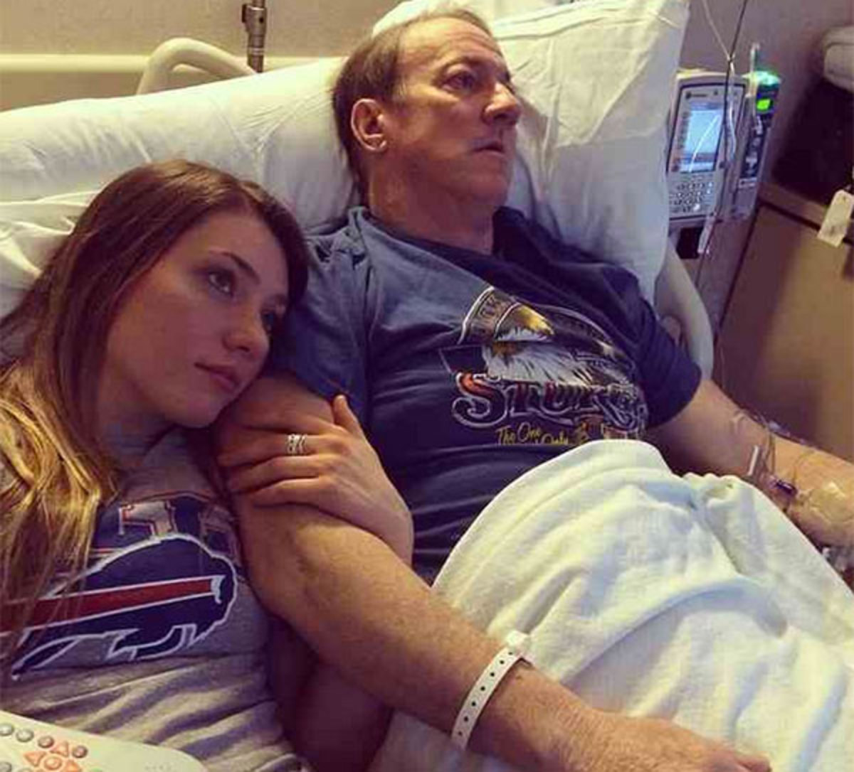 """Jim Kelly's daughter Erin posted this picture on Instagram with the caption: """"Watching the Syracuse game with daddy. he's my buddy! Love him so much!! #daddysgirl #prayersforjk #KellytoughFollow"""""""