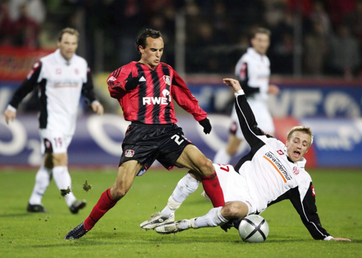 Donovan playing for Bayer Leverkusen in 2005.