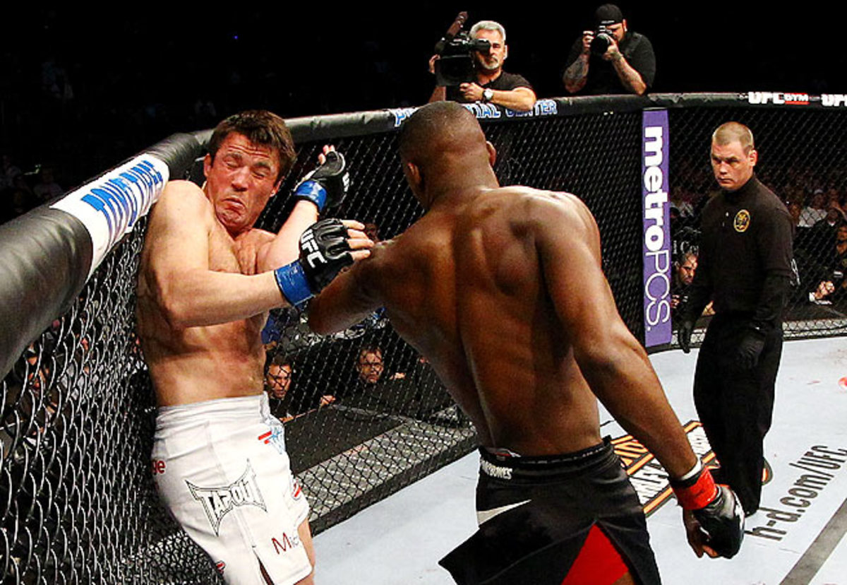 """Chael Sonnen came close to a surprising upset in his bout against Jon """"Bones"""" Jones."""