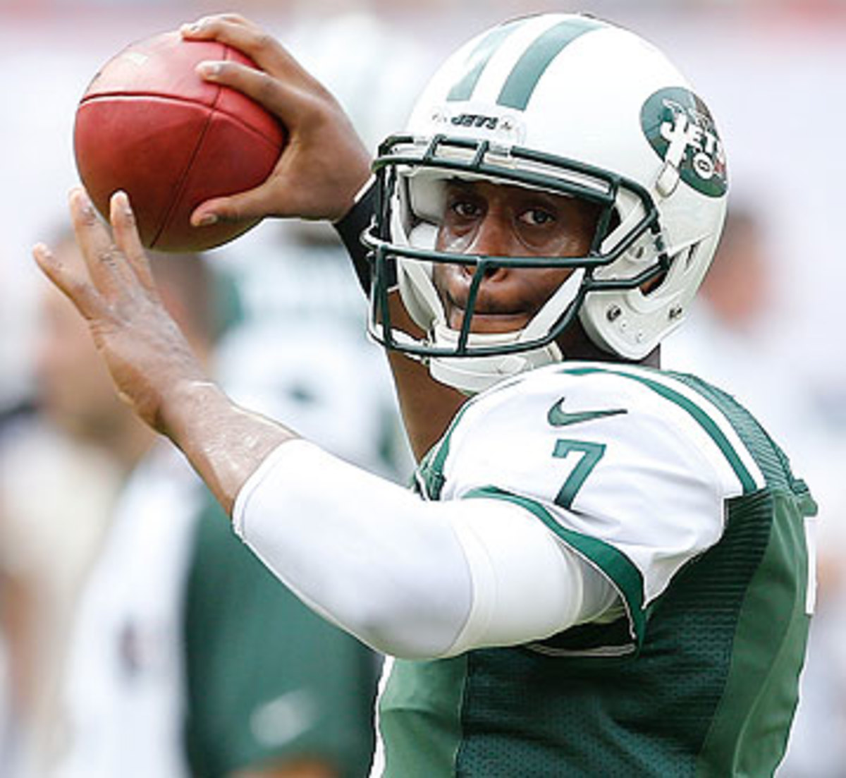 Geno Smith threw the ball 443 times in 16 games, an average of 27.6 attempts per contest. (Joel Auerbach/Getty Images)