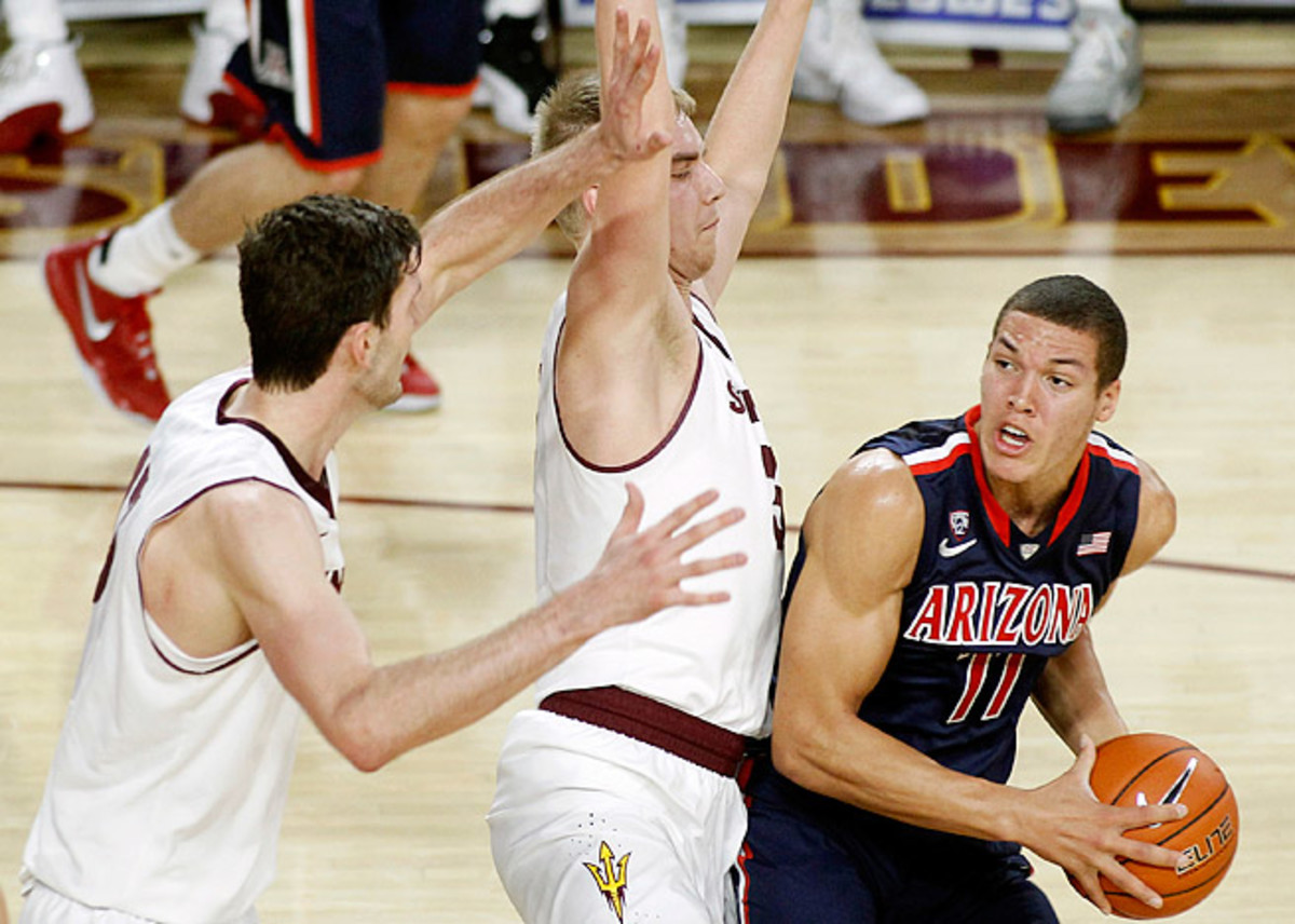 Arizona freshman Aaron Gordon is confident that he can play both forward positions in the NBA.