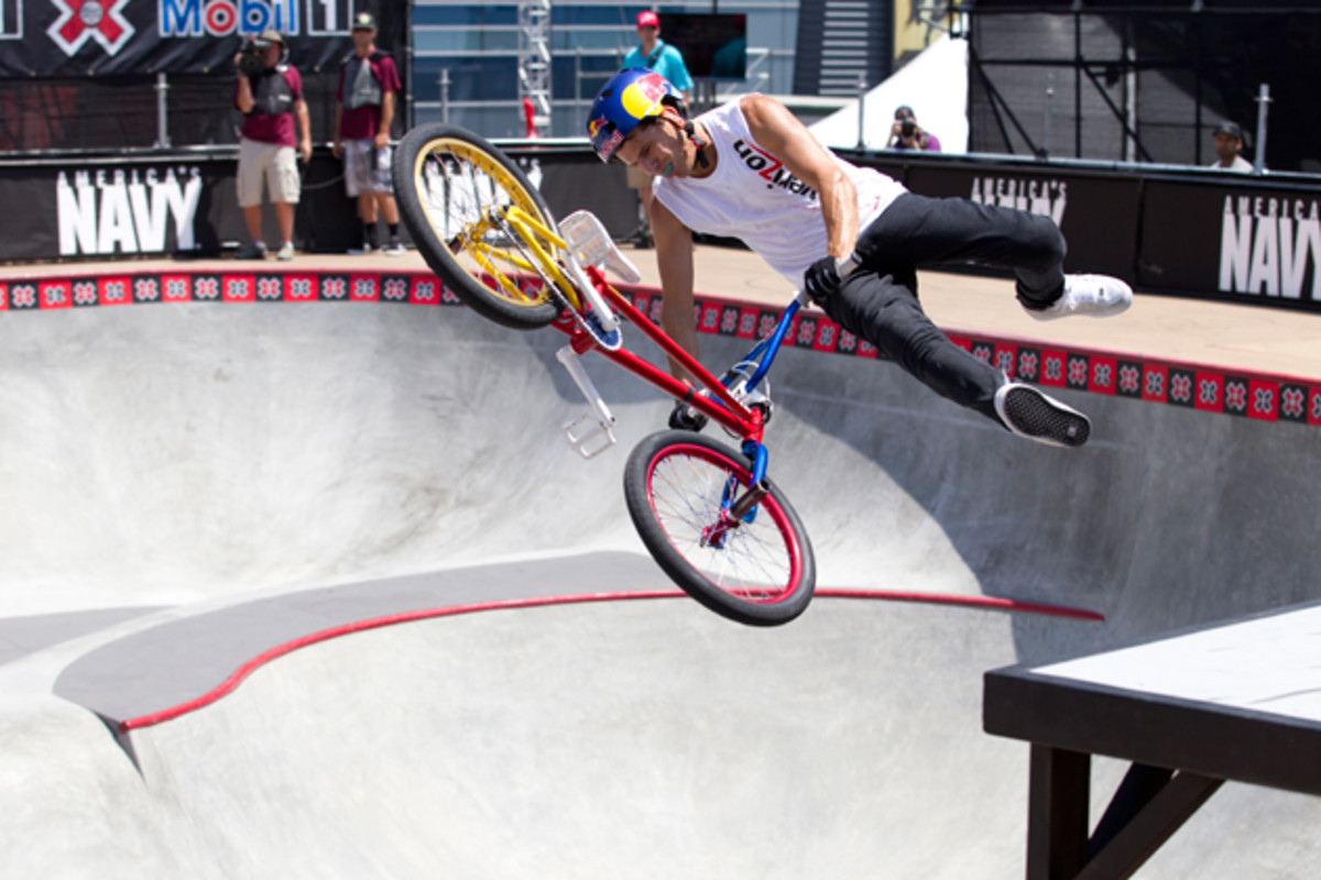 Dhers in action at Summer X Games 17 in Los Angeles in 2011, where he would take the gold medal in the BMX Freestyle Park event.