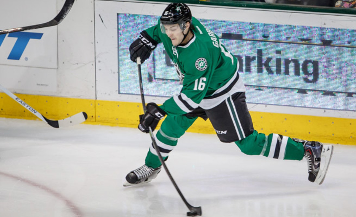 Ryan Garbutt is enjoying a career season with the Stars, with 10 goals, eight assist, and 18 points in 46 games.