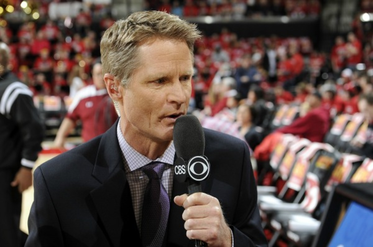 Steve Kerr reportedly may wait to gauge interest from other NBA teams. (G. Fiume/Getty Images)