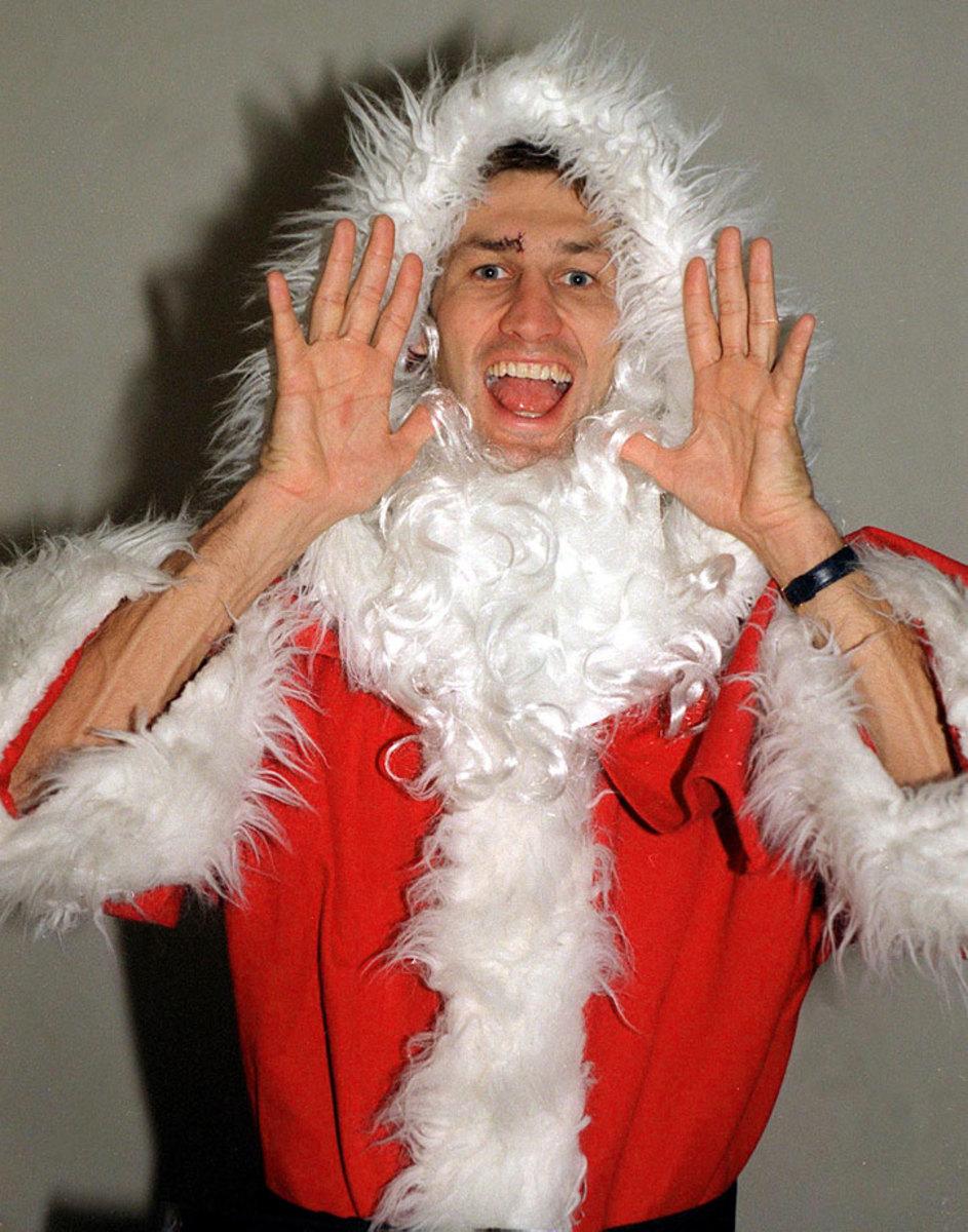Tony-Adams-Santa.jpg
