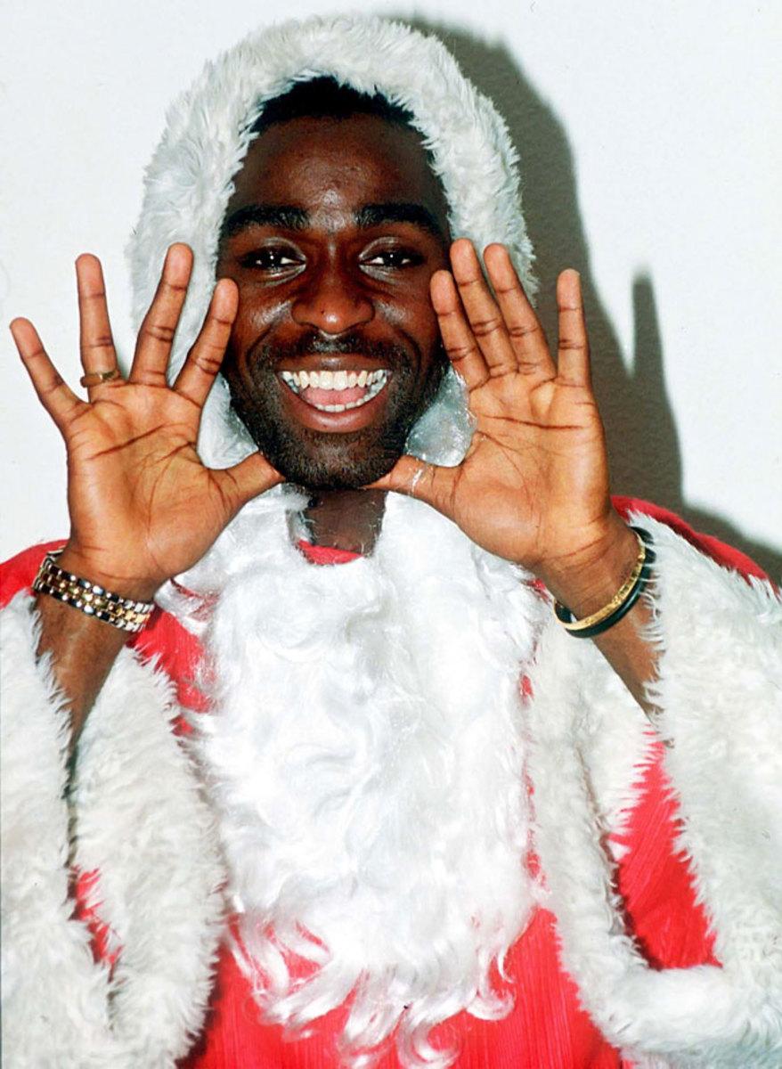 Andy-Cole-Santa.jpg