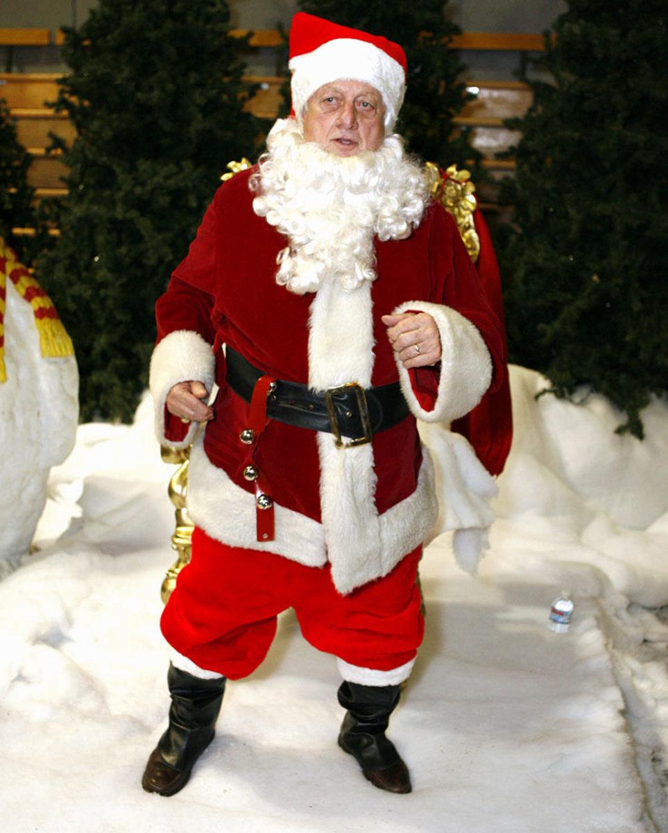 Tommy-Lasorda-Santa.jpg