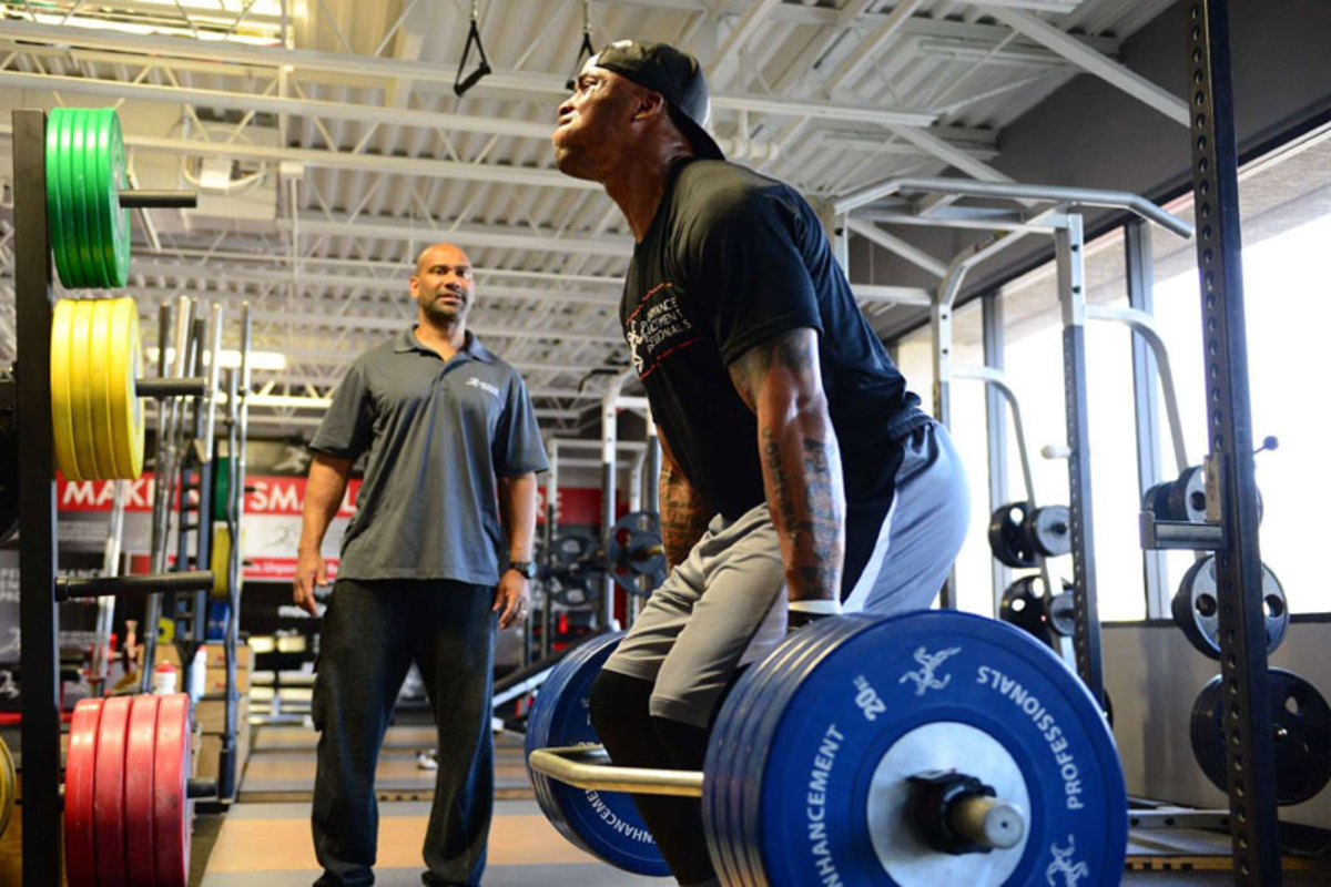 Finley is squatting more that 400 pounds, in reps of three. (John Biever/The MMQB)