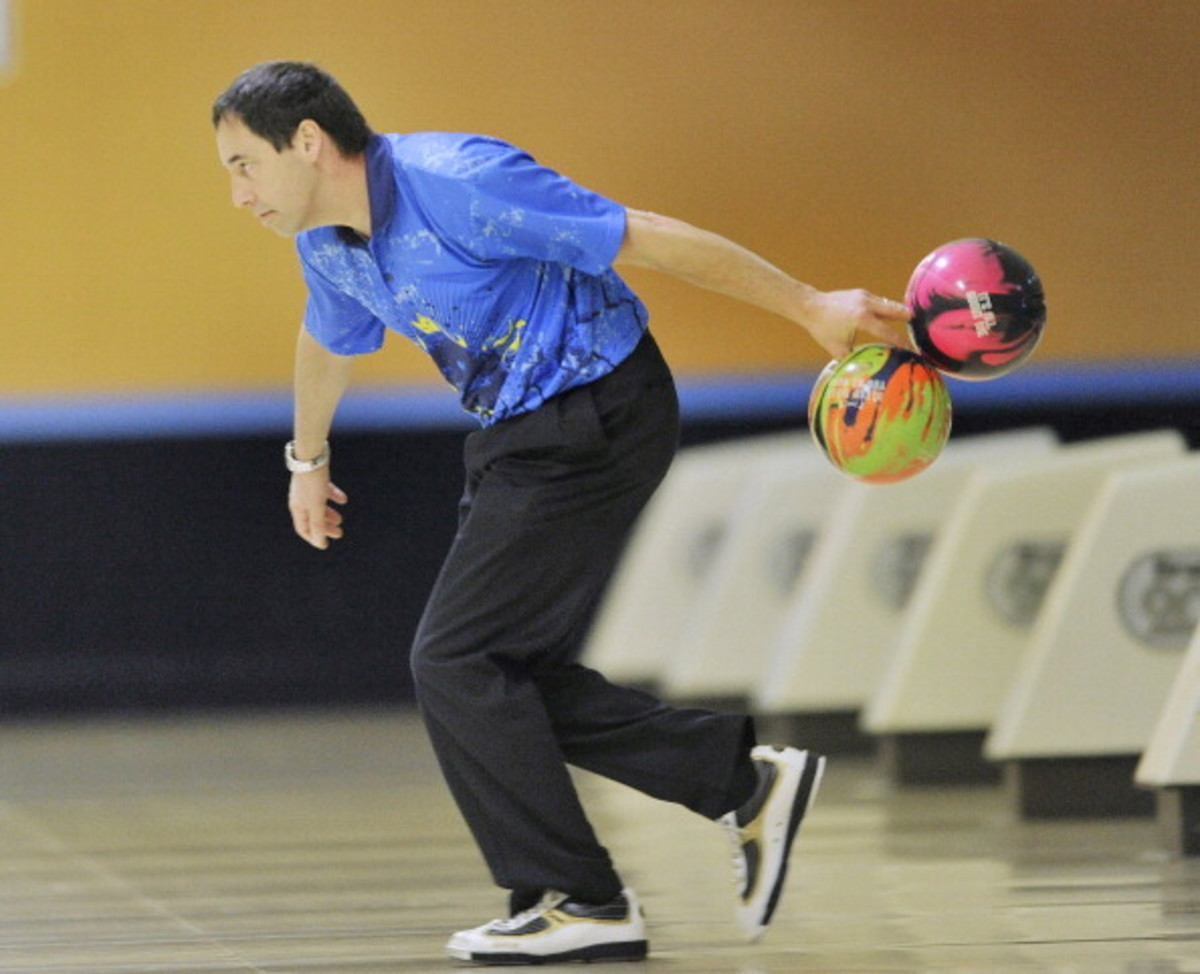 Champion pro bowler Parker Bohn III put on a bowling demonstration at Spare Time Bowling before the
