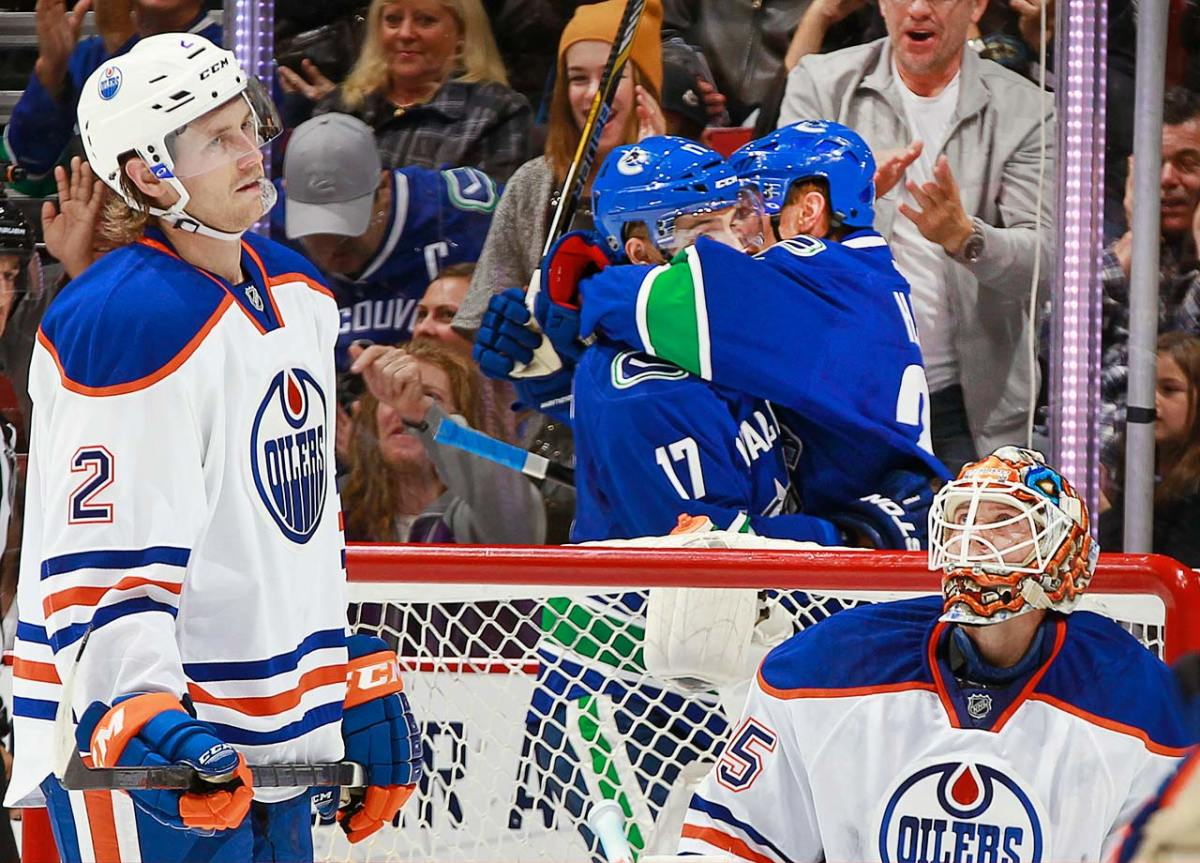 2014-Edmonton-Oilers-dejected.jpg