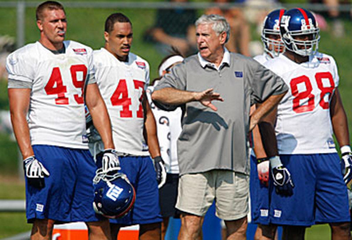Mike Pope, always teaching. (Mike Groll/AP)