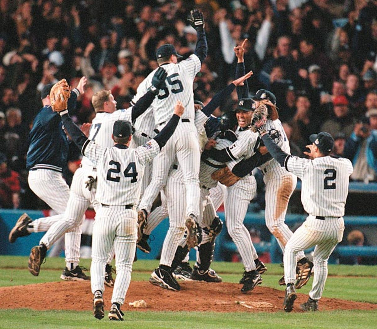 Yankees defeat Braves, 4-0