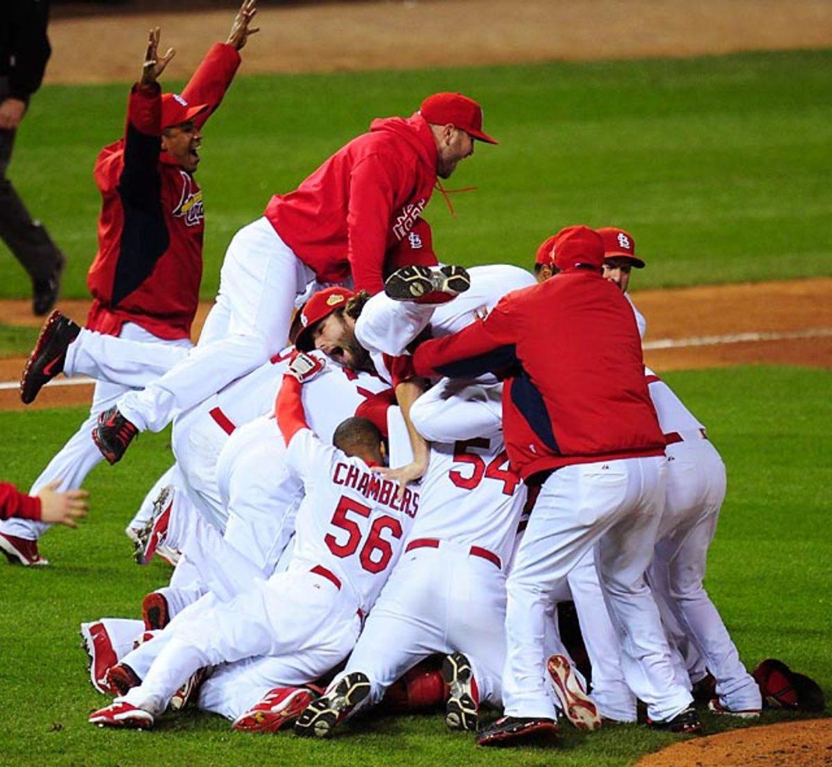 Cardinals defeat Rangers, 4-3