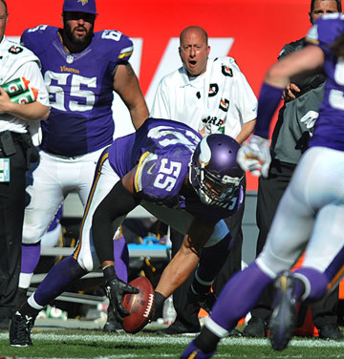 Anthony Barr's strip, scoop and score in overtime lifted the Vikings over the Bucs. (Cliff McBride/Getty Images)