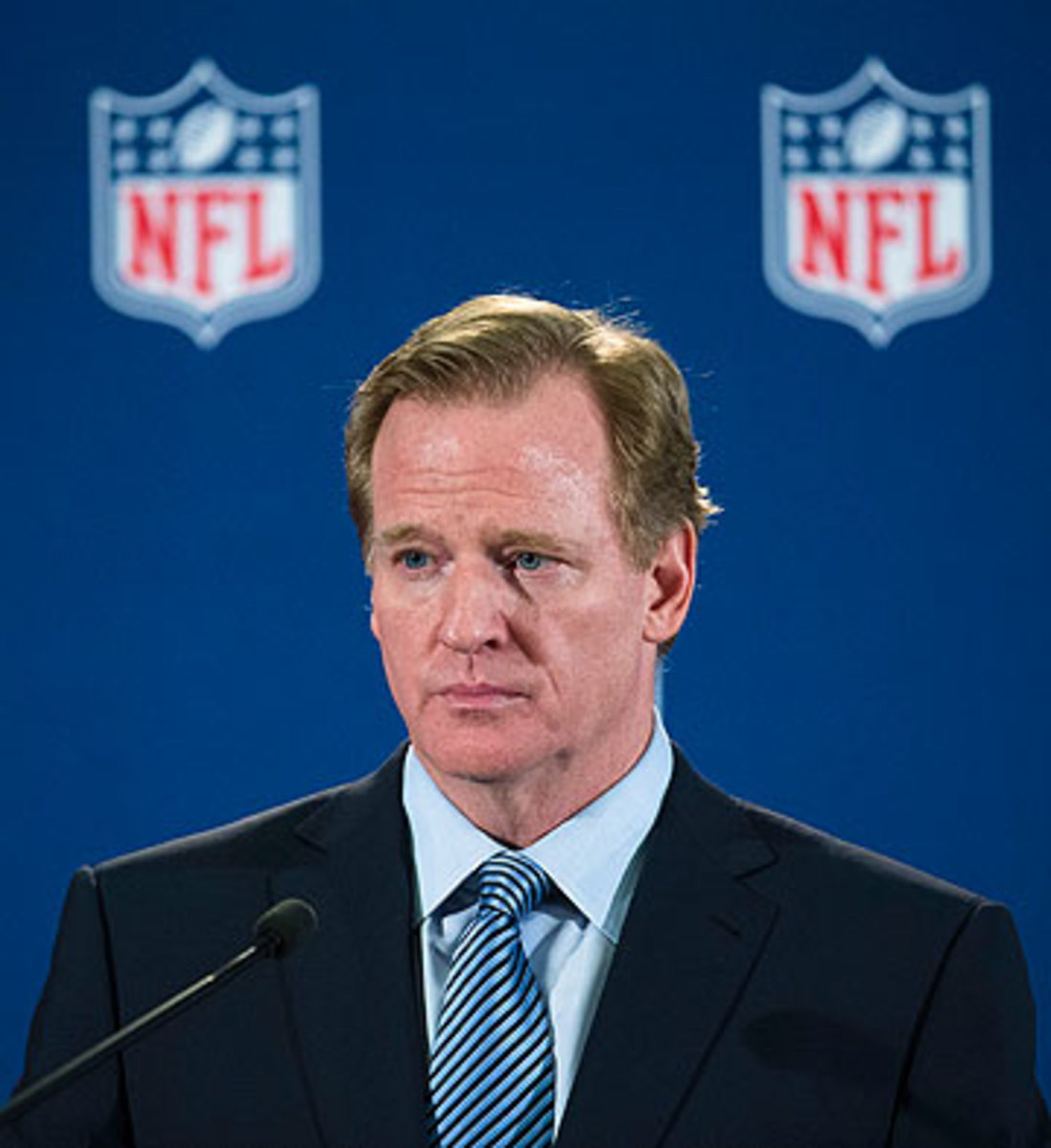 Roger Goodell will have to testify on Nov. 5-6 during the hearing for Ray Rice's appeal of his suspension. (John Minchillo/AP)