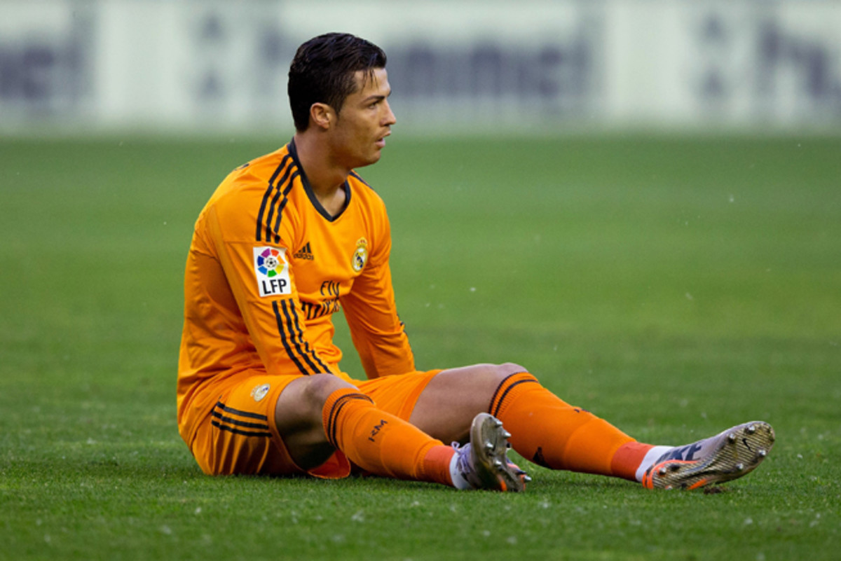 Cristiano Ronaldo was forced off after eight minutes in Real Madrid's match vs. Real Valladolid Wednesday.