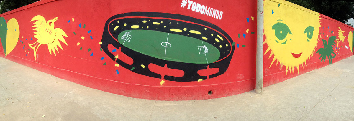 soccer-graffiti-mural-rio-IMG_8443.jpg
