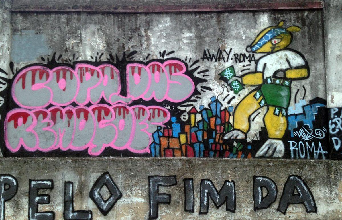 soccer-graffiti-mural-rio-IMG_8644.jpg