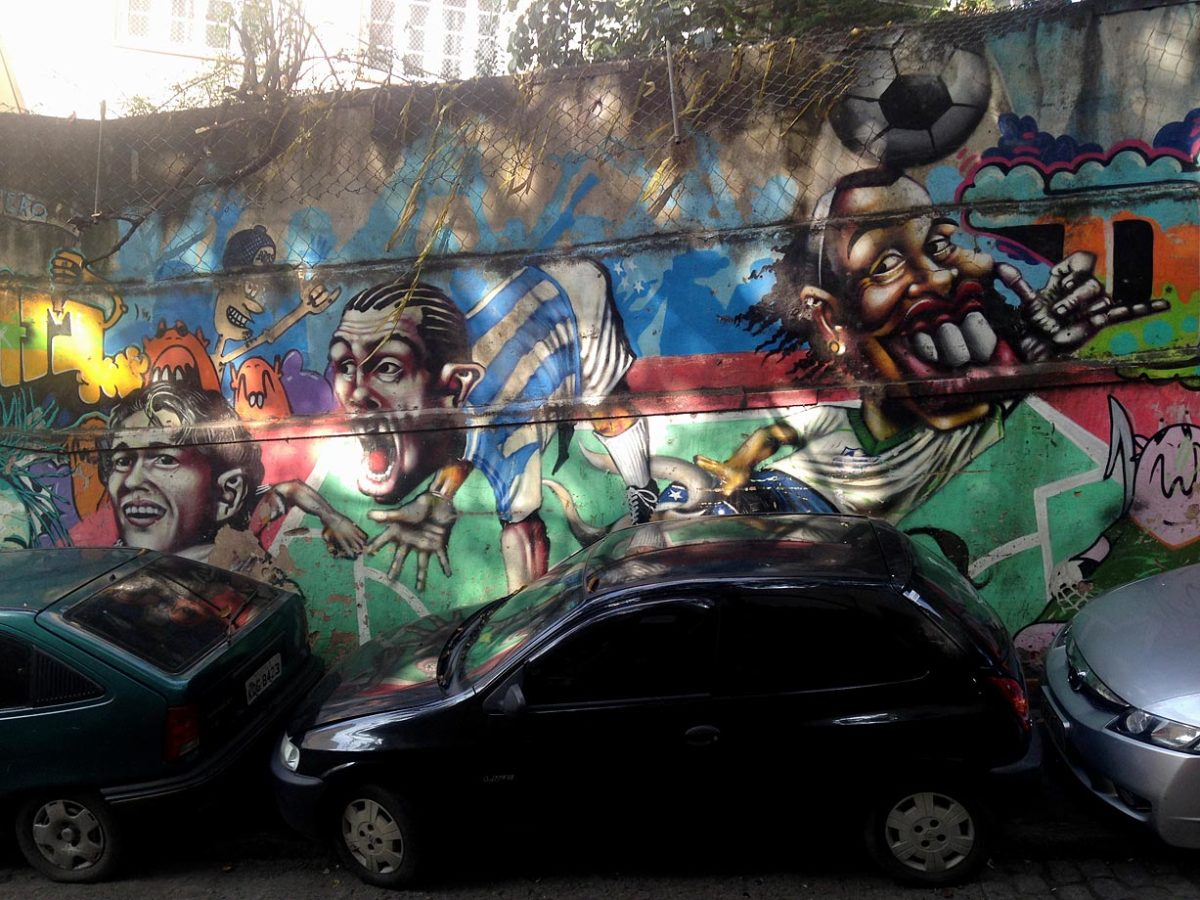soccer-graffiti-mural-rio-IMG_8583.jpg