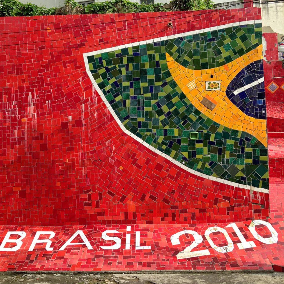 soccer-graffiti-mural-rio-IMG_8473.jpg