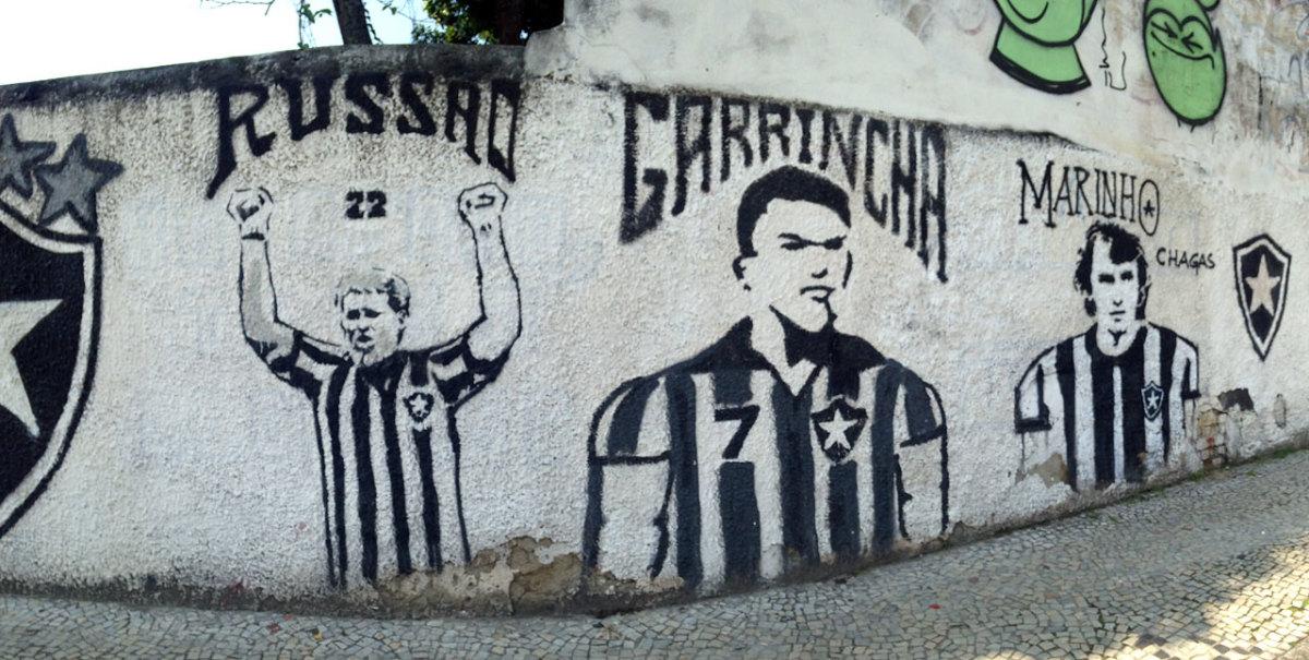 soccer-graffiti-mural-rio-IMG_8606.jpg