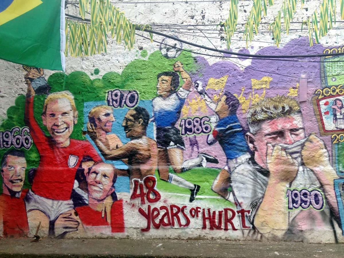 soccer-graffiti-mural-rio-IMG_8560.jpg