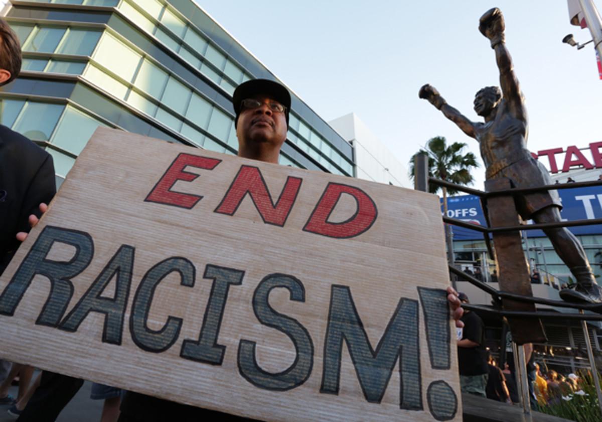 (Jonathan Alcorn/Getty Images News)