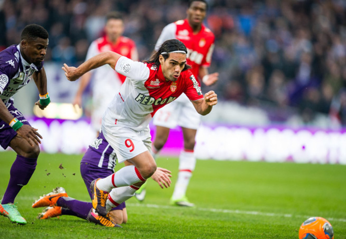 The president of Colombia says he'll visit his country's star forward, Radamel Falcao (9), after he undergoes surgery for a torn ACL.